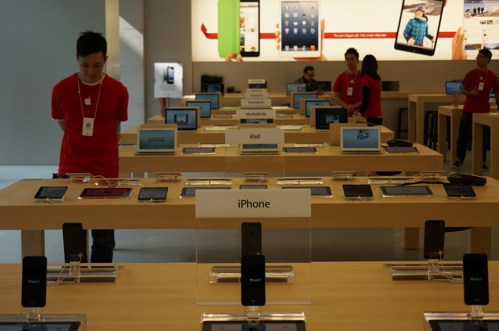 What the Apple Store Can Teach You About Great Customer Experience